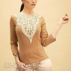 karmelowa bluzka z haftem, bluzka, bawełna, uniwersalna, haft, kobieta