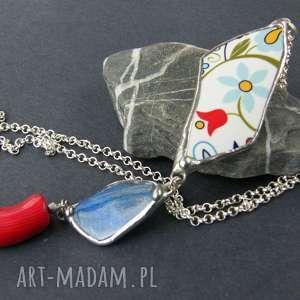 Wisior z łańcuszkiem: Etno niebiesko-czerwony, długi-naszyjnik, naszyjnik-folk