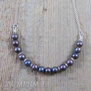 Delikatny naszyjnik z perłą, perły, srebro,