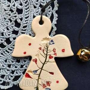 dekoracje mały aniołek, talizman, upominek, pamiątka, anioł