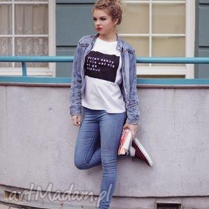 niepowtarzalna koszulka biała z nadrukiem śmieszny napis, koszulka, polska, luźna