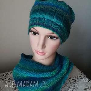 Komplet na drutach Laguna, komplet, rękodzieło, czapka, komin, zima, turkus