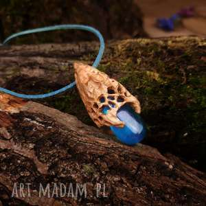 hand made naszyjniki wisior drewno i żywica crownwork in wood druid