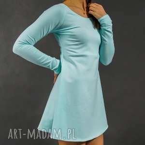 Sukienka dresowa Closhka długi rękaw miętowa, lekka, dresowa, rękawy