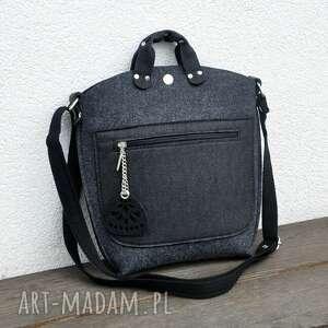 mała torebka filcowa - grafitowy filc z czarną kieszonką, listonoszka