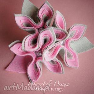szaroróżowa - broszka, kwiaty, prezent