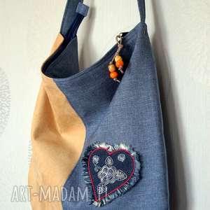torba hobo z łączonych materiałów, torba, hobo, naszywka, łapacz, snów, worek