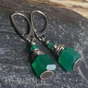 kolczyki srebrne z zielonymi onyksami, onyks zielony, wiszące, srebro