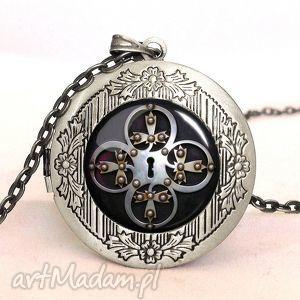 zamek - sekretnik z łańcuszkiem - medalion, prezent, klucz, drzwi