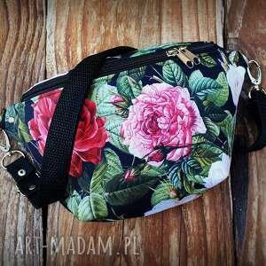 nerka mini kwiaty, mała nerka, w torebka łąka, róże