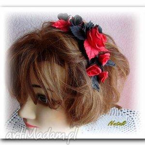 czerwono -czarne kwiaty - grzebyk do włosów, foamiran, kwiaty, wlosy, czarno