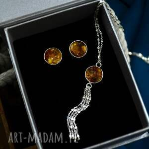 komplet biżuterii z bursztynem: naszyjnik i kolczyki srebro