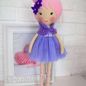 duża baletnica w fioletowych barwach, lalka, zabawka, przytulanka, prezent