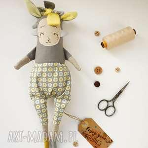 Prezent Lalka handmade z tkaniny - Szurka Monsterówna, lalka-na-prezent