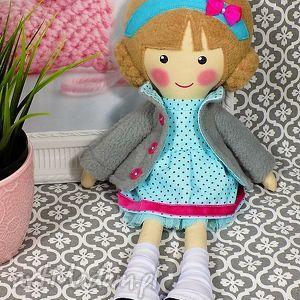 Prezent malowana lala nina, lalka, zabawka, prezent, niespodzianka, dziecko