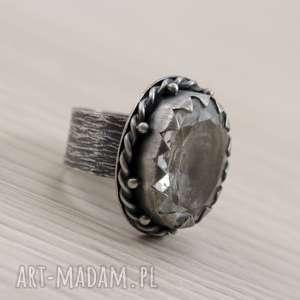 ręcznie robione pierścionki kryształ górski i srebro - okazały pierścionek 2773