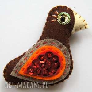 Cekinowy ptaszek broszka z filcu, filc, ptak, broszka, cekiny, błyszczący, elegancki