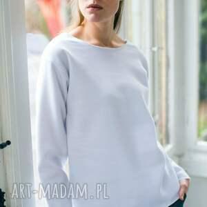 oval white oversize bluza, oversize, biały, casual, moda, bawełna ubrania, pod
