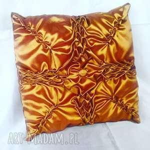 złoto-brązowa poduszka canadian origami, canadian, poduszka, tafta, szycie
