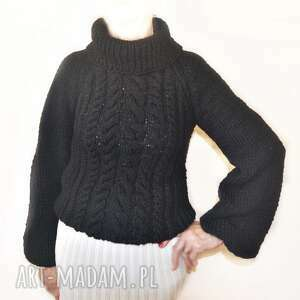 aleksandrab sweter ręcznie robiony na drutach handmade warkocze golf bufiaste