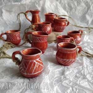 ceramika zestaw z dziesięciu miniaturowych dzbanuszków ozdób choinkowych 3