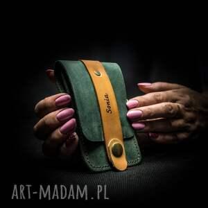 oryginalny portfel na karty w kolorze butelkowej zieleni, ręcznie wykonane etui