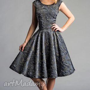 livia clue sukienka scarlett koło midi ofelia, midi, błyszcząca, srebrna, złota