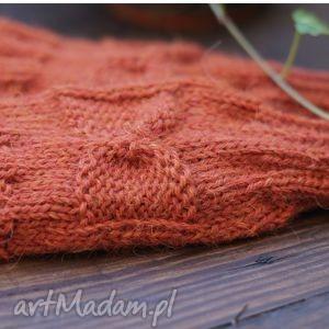 ręczne wykonanie rękawiczki rdzawe mitenki
