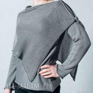 Szary sweter z szalem, sweter-z-szalem, sweter, szal, ponczo