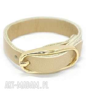 b05-02gm kremowa biżuteria skórzana z dużą, owalną klamrą pine, modne