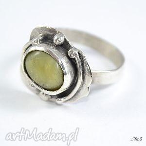 Opal żółty, pierścionek, srebrny, opal, oryginalny, duży