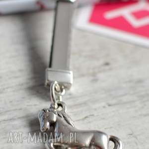 breloki skórzany brelok do kluczy horse gray, brelok, skóra, koń, mustang