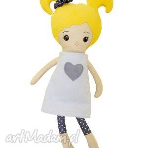 lalka oliwia - mała aktorka, lalka, szmaciana, szmacianka, prezent, przytulanka