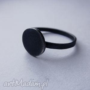 okrąg pierścionek, srebro, zmatowione, oksydowane