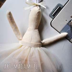 pomysły na prezenty pod choinkę Pani Królik , przytulanka, szmacianka, szmaciana