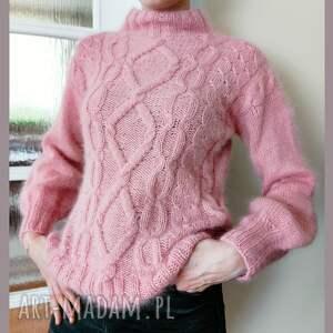 kaszmirowy sweter w kolorze lodów truskawkowych, sweter
