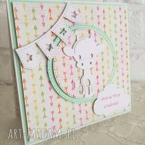 Urocza kartka, kartki, żyrafa, urodziny, dziecko, życzenia