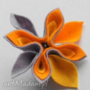 pomarańczowo szara mała broszka - broszka, pomarańczowy, szary, imieniny