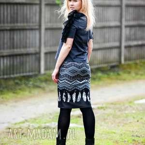 spódnice spódnica ołówkowa, modna, wygodna