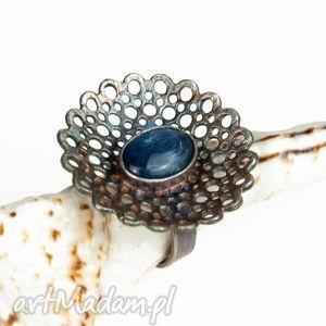 A532 srebrna koronka z kyanitem artseko pierścionek, kianitem