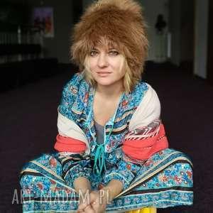 czapka futrzana zimowa ciepła handmade kolor beżowa, etno,