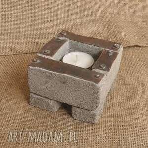 świecznik betonowy z oksydowaną miedzią /1/, świecznik, betonowy, oksydowana