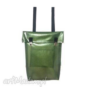 borba minimalistyczny, nieprzemakalny plecak miejski z klapką zielony