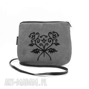 mini szara mała torebka z czarnym haftem, mała-torebka, mini-torebka, szara-torebka