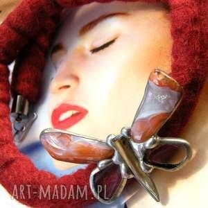 zimowy naszyjnik filcowy z agatowym motylem, naszyjnik, motylem