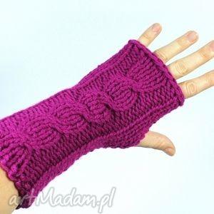 mitenki amarantowe z warkoczem - mitenki, rękawiczki, warkocz, zima, ręka