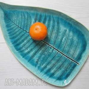 Turkusowy dekoracyjny talerz liść ceramika ana liść