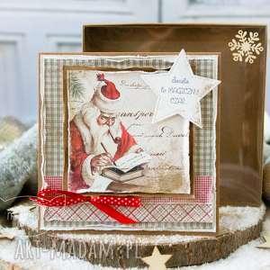 Upominek na święta. Piękna kartka bożonarodzeniowa w pudełeczku