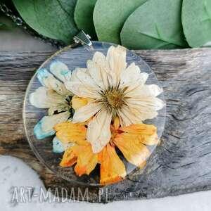 naszyjniki naszyjnik z prawdziwymi kwiatami zatopionymi w żywicy z273