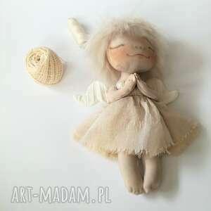 dekoracje e-piet aniołek - dekoracja ścienna figurka tekstylna ręcznie szyta